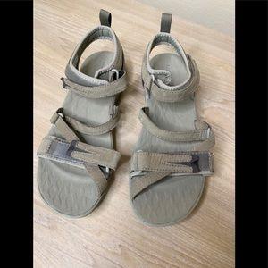 Merrell Gray walking hiking sandals 6